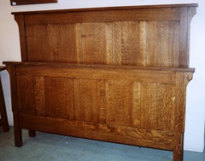 New Mission Oak Queen Size Bed